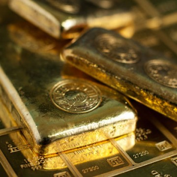 Gold Tumbles – Sets up Crucial Test