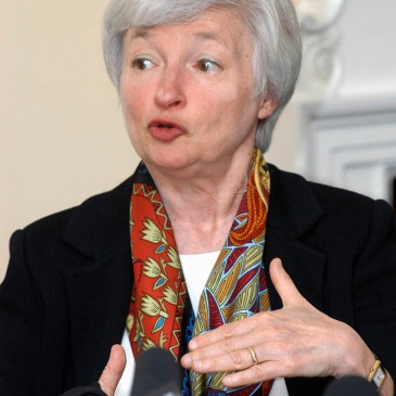 4 Charts: The Fed Isn't Hiking Rates Any Time Soon