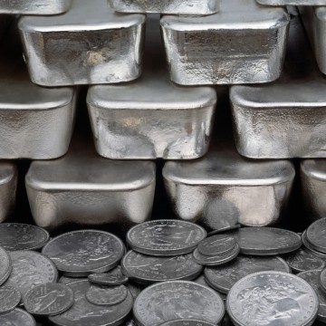 Silver Near Key Technical Breakout as Producers Increase Hedges
