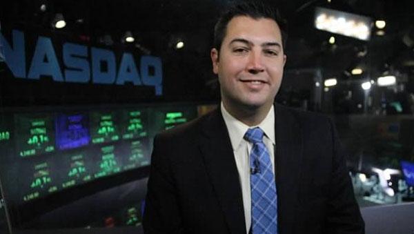 J.C. Parets: We Like Gold Over Stocks